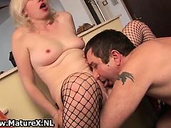 mature-blond-girl-giving-boob-job-part2