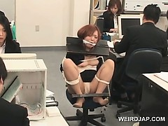 japanese-babe-gets-roped-to-her-office-chair-and-fucked