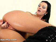 oiled-brunette-charmer-niky-peach-fuck-glass-dildo-from