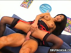asian-bondage-babe-lucy-lee-eats-cum