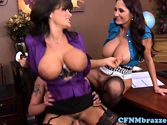 awesome-cfnm-action-with-busty-lisa-ann