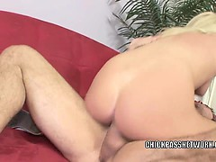 blonde-cutie-brynn-tyler-fucks-and-gets-a-big-facial