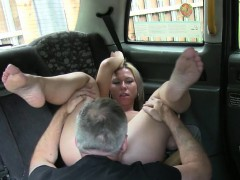 busty-amateur-customer-foot-fucked-in-the-ass-by-the-driver