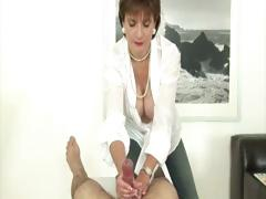 nasty-mature-brit-busty-lady-sonia