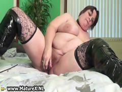 old-busty-woman-is-licking-violet-part3