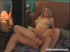 admirable-mom-with-big-tits-screams-part6