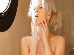 shaving-of-beautiful-18yo-blonde-vagina